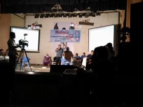 কুইজ পরিচালনা করছেন ডা রজত দাশগুপ্ত। ছবিঃ ডা মোস্তাফিজুর রহমান তপু
